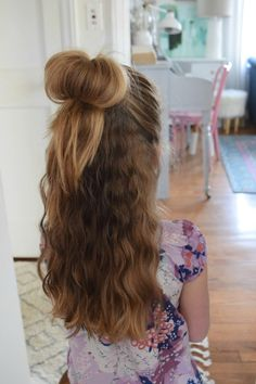 Love your Hair- Easy Hairstyles with Dove – Nesting With Grace Penteados fáceis para meninas Easy Little Girl Hairstyles, Easy Hairstyles For School, Fast Hairstyles, Trendy Hairstyles, Kids Hairstyle, Short Haircuts, Tween Girls Hairstyles, Hairstyle Ideas, Asian Hairstyles