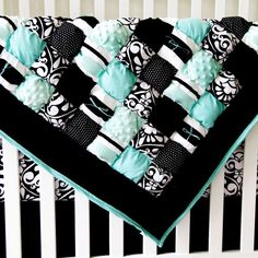 Puff quilt tutorials & patterns on this site. Very cute!