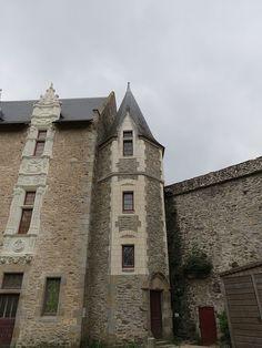 Laval (Mayenne) - Château Vieux - tourelle