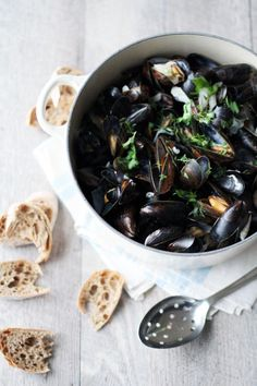 Mussels in White Wine, Fanni and Kaneli