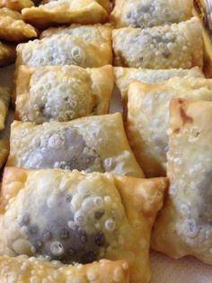 Mini Desserts, Cookie Desserts, Cookie Recipes, Italian Christmas Cookies, Italian Cookies, Beignets, Biscuits, Xmas Food, Almond Cookies