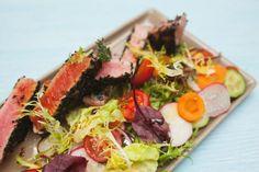 Tuna coated in sesame seeds
