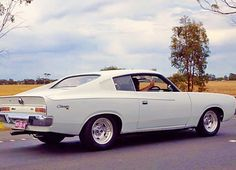 Check out NorthernGal's White 1973 Chrysler Valiant Charger Auto Coupe; featured on the Shannons Club. 70s Muscle Cars, Old School Muscle Cars, Custom Muscle Cars, Australian Muscle Cars, Aussie Muscle Cars, Chrysler Charger, Dodge Charger, Chrysler Valiant, Holden Australia