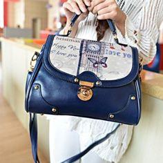 Bolso azul  / prendas elegantes