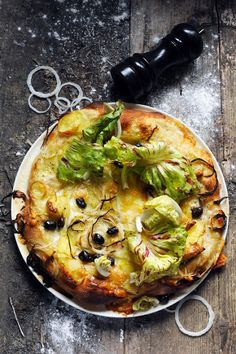White Pizza with Potatoes, Onions & Olives #recipe