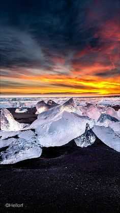Mi Wallpaper, Lock Screen Wallpaper, Iphone Wallpaper, Diamond Beach, Nature Photography, Places To Visit, Scenery, Earth, Mountains