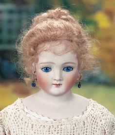 """Theriault's Antique Doll Auctions--21"""" German Fashion Lady, marked 7, attributed to Kling ca. 1885"""