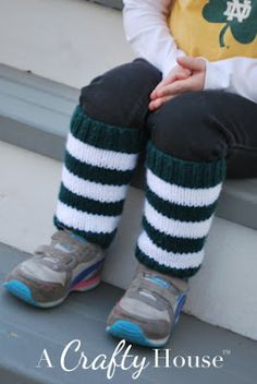 A Crafty House | Little Girl Legwarmers Knit Pattern.... knitted flat with straight needles, worsted weight yarn