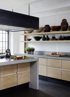 kitchen wood + concrete