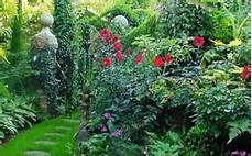 scenic garden pictures of uk