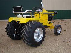 Allis Chalmers B-112 Garden Tractor