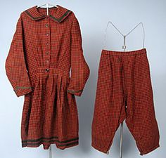 Lady's Plaid Wool Bathing Costume, 1860s -  Session 2 - Lot 696 - $2,500