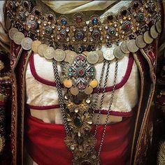 Bridal costume, Attica, 19th c. On display in Gods, Myths & Mortals, from @TheBenakiMuseum, Athens.