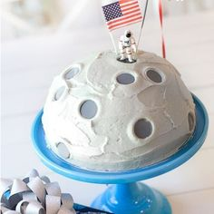 3, 2, 1… Blast off! Everyone loves a good space party, and this astronaut theme covers all the bases! I've gathered up some of my favorite ideas here, and included links to all of the…