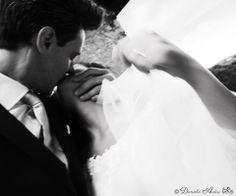 Riempiamoci le guance, gli occhi, le labbra di Baci! Per voi=>http://www.ardiriphotowedding.com/sanvalentino/  Buon San Valentino!