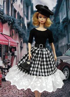 """Robe """" France """" vêtement pour poupée  f3788"""