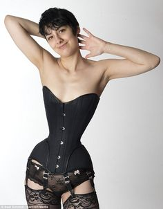 821cc75fa50 German Girl Michele Kobke Achieved 16 Inch Waist By Wearing Tight Corset  Day And Night For Three Years