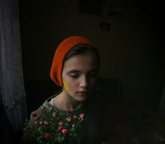 little red riding hood Color Photography, Portrait Photography, Foto Portrait, Photos Voyages, We Are The World, Red Riding Hood, Little Red, Belle Photo, Children Photography