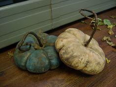 Primitive Halloween Fall Autumn Flat Pumpkins Awesome | eBay