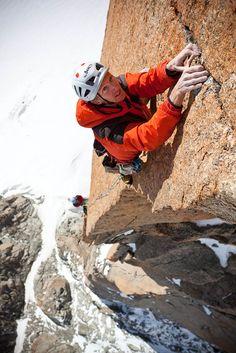 Arnaud Petit au Grand Capucin  amazing Alpine Climbing, Rock Climbing Gear, Mountain Climbing, Trekking, Environmental Portraits, Photo Vintage, Escalade, Kayak, Mountain Man