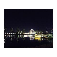 Instagram【kaori_k20】さんの写真をピンしています。 《 My favorite place😌💫💖  #夜景#写真#落ち着く場所#私の#パワースポット#vancouver#city#nightview#🌃#goodtimes#バンクーバー#🇨🇦#散歩》