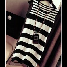 Black and white dress Necklace is not included NWOT Dresses Mini