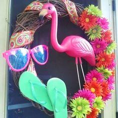 Hawaiian Flamingo Party Rattan Wreaths Garland Summer Tropical Luau Party Home Door Wall Decoration Wreaths Beach Wedding Supply. Flamingo Craft, Pink Flamingo Party, Flamingo Decor, Flamingo Birthday, Pink Flamingos, Summer Crafts, Diy And Crafts, Thema Hawaii, Flip Flop Wreaths