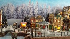 Risultati immagini per kerstdorpjes maken Christmas Tree Village Display, Christmas Village Display, Christmas Villages, Christmas Decorations, Christmas Scenes, Christmas Home, Villas, Le Village, Christmas Is Coming