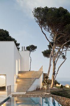 Enchanting House in Costa Brava by Garcés-De Seta-Bonet