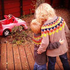 Vimpelgenser laga av litloogkalen Pullover, Sweaters, Fashion, Moda, Fashion Styles, Sweater, Fashion Illustrations, Sweatshirts, Pullover Sweaters