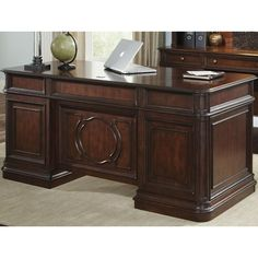 Liberty Furniture Brayton Manor Jr Executive Traditional Executive Desk with 5 Drawers