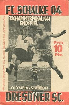 Dresdner SC 2 Schalke 04 1 in Nov 1941 in Berlin. The programme cover for the Tschammerpokal German Cup Final.