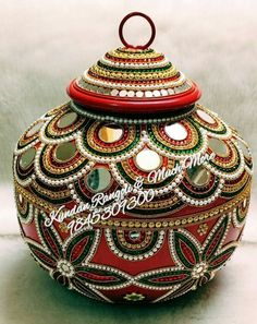 Kalash Decoration, Diwali Decoration Items, Thali Decoration Ideas, Diwali Decorations At Home, Desi Wedding Decor, Wedding Crafts, Marriage Songs, Coconut Decoration, Astrology Hindi