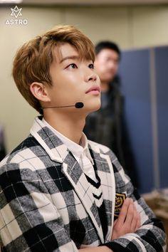 MJ [엠제이] | Kim Myungjun [김명준]