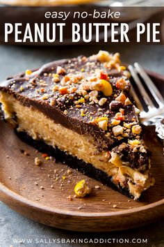 No bake peanut butter pie complete with Oreo crust, Reese's Pieces, rich and thick peanut butter filling, and smooth chocolate ganache! Recipe on sallysbakingaddiction.com Peanut Butter Filling, Peanut Butter Desserts, Butter Pie, Chocolate Desserts, Chocolate Ganache, Good Desserts To Make, Just Desserts, Delicious Desserts, Dessert Recipes