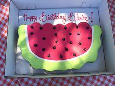 Picnic Birthday party watermelon pull apart cupcake cake
