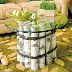 Mesa de centro con troncos.