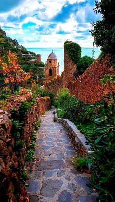 "Stone Path, Cinque Terre, Italy photo via linda. Italy has always been on my ""Bucket List"". Places Around The World, The Places Youll Go, Places To See, Wonderful Places, Beautiful Places, Amazing Places, Cinque Terre Italy, Italy Italy, Italy Art"