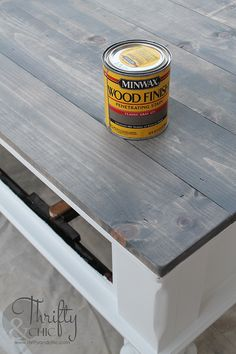 How to update an old coffee table into a cute farmhouse style one! With Minwax Classic Grey Stain table makeover Farmhouse Style Coffee Table Makeover {Before and After} Old Coffee Tables, Diy Coffee Table, Diy Table, Rustic Table, Refinished Coffee Tables, How To Refinish Coffee Table, Whitewash Coffee Table, Distressed Wood Coffee Table, Refinishing Kitchen Tables