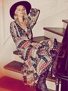 Free People Kanako Print Maxi at Free People Clothing Boutique Gypsy Style, Hippie Style, Bohemian Style, Boho Chic, My Style, Bohemian Clothing, Boho Fashion, Autumn Fashion, Fashion Design