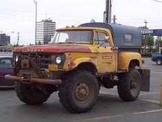 beefed up Dodge Power Wagon Old Dodge Trucks, Dodge Pickup, Diesel Trucks, Cool Trucks, Pickup Trucks, Farm Trucks, Dodge Cummins, E Motor, Dodge Power Wagon