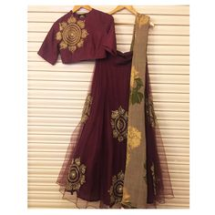 A must have in your winter wedding Wardrobe! This maroon lehenga in our classic gold embroidery. bhumikasharma wintercollection new designer indianwear lehenga chanderi florals signature bridesofindia winterbrides 25 January 2017
