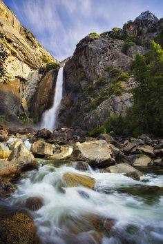 sublim-ature:  Lower Yosemite Falls, CaliforniaPeter Coskun
