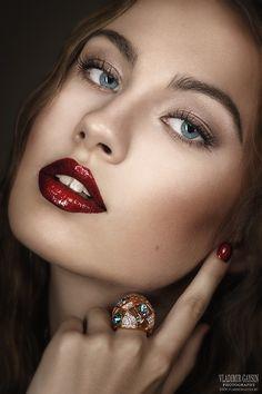 RED, WHITE & BLUE ♥~(ಠ_ರೃ) Très Belle Femme ღ♥♥ღ Sexy -♡- Sexy!!!