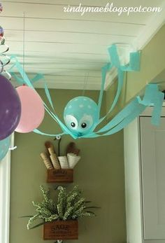 Under the sea balloon friends. Little mermaid party ideas. Who doesn't love mermaids?! This is genius! So perfect for kids birthday parties! Under the sea and the little mermaid as a party is awesome! So many DIY ideas that are easy and cheap. Which is even better since we done want to break our budgets throwing a mermaid party. I like the food, dessert, decorating, activity ideas! Love it saving it for later! #diypartydecorationsideas #diypartydecorationsballoons #diypartyeasy