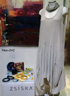 collana legno abito in lino bijou in resina