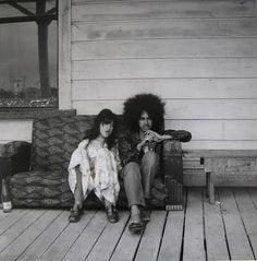 Ans Westra is responsible for the most comprehensive documentation of Maori culture over 50 years of significant political and cultural cha. Nz Art, Environmental Portraits, Free Mind, Artistic Photography, Photography Ideas, Portrait Photography, Young Couples, Documentary Photography, Old Photos
