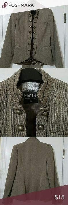 Kensie Military Inspired Tweed Jacket Light brown Tweed military inspired blazer.  Round brass buttons down the front. Size XS.  The back is a little longer than front and slightly flares for a more feminine fit.  I wore this with a white tee, skinny jeans and booties. Also looks good with black leggings and tan/Brown tall boots. Kenzie Jackets & Coats Blazers