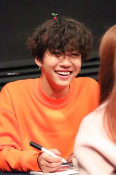 Awww Yongguk smile is so contagious