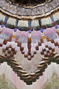 sapta-loka: Feather cloak form the Summer Isles, translate to fair isle yoke Design Textile, Art Design, Textile Art, Interior Design, Textiles, Graphic Patterns, Print Patterns, Motif Tropical, Couture